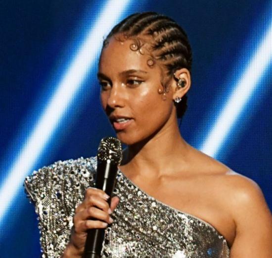 Alicia Keys (Photo credit: Bang media)